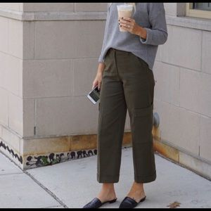 H&M Olive Green High Rise Cropped Cargo Pants s 10